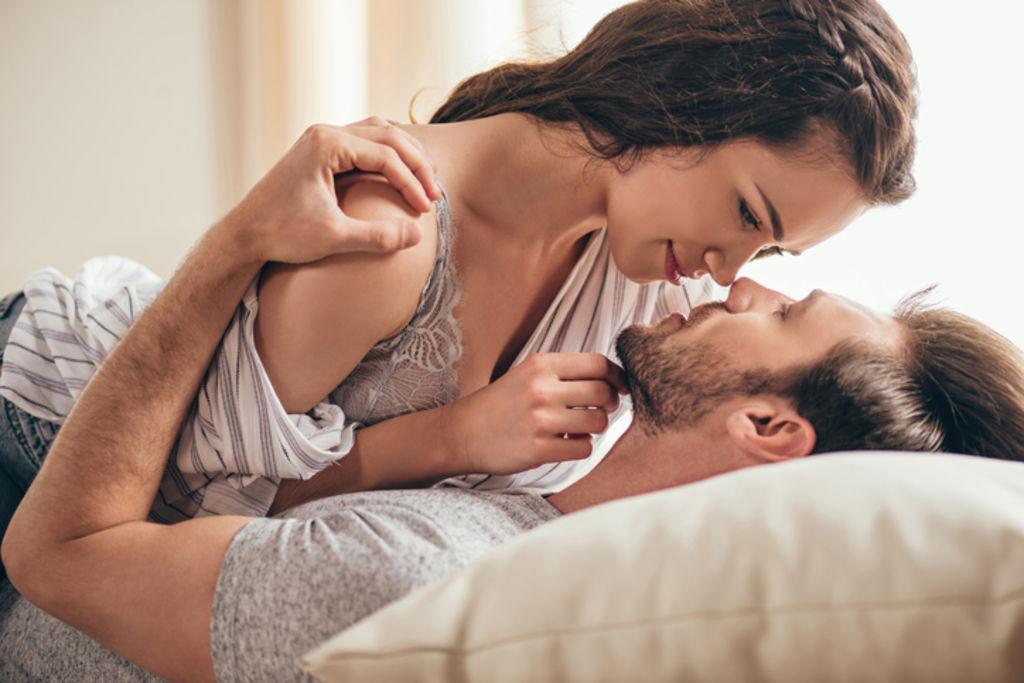 Le sexe dans le couple, comment pimenter un peu sa vie amoureuse ?